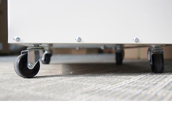 Hệ thống bánh xe của máy hút ẩm Fujie HM-1500D