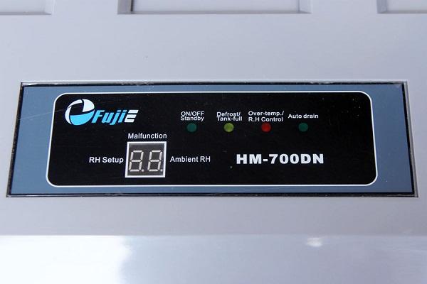Bảng Điều khiển của máy hút ẩm Fujie HM-700DN