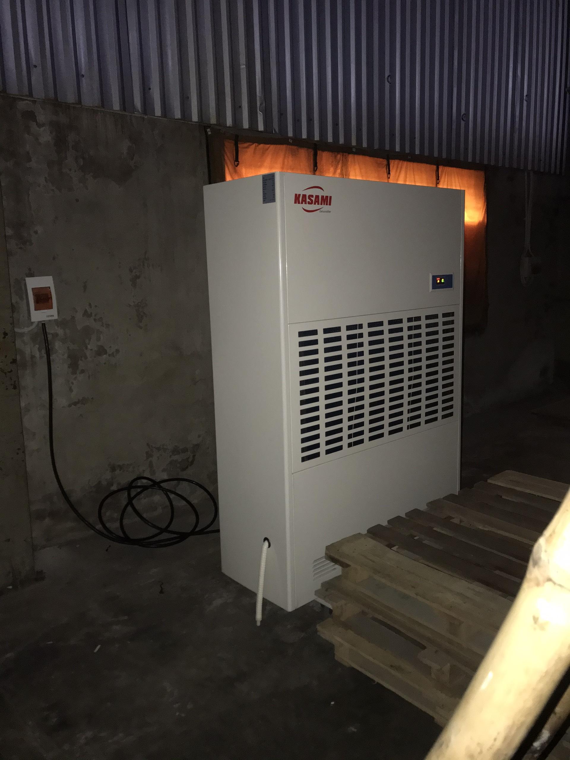 Máy hút ẩm công nghiệp Kasami KD-480 bảo quản hàng hóa