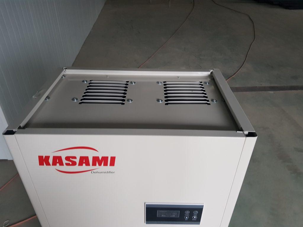 Mặt trên của máy hút ẩm công nghiệp Kasami