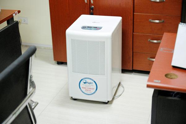 Đừng vội mua máy hút ẩm Fujie HM-650EB khi chưa tìm hiểu.